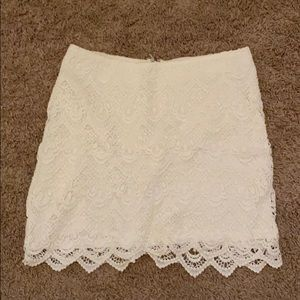 Forever 21 lace skirt with scallop trim